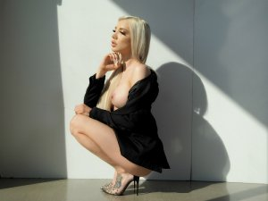 Talyna erotic massage & transexual call girl