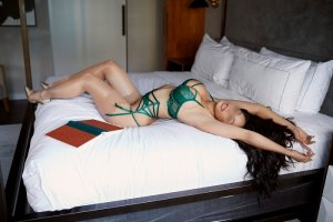 Meylie call girls in Hilton Head Island SC & thai massage
