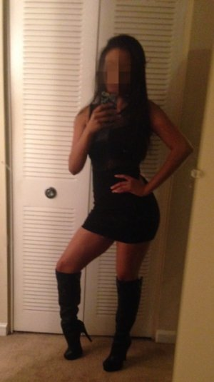 Rokhia escort girl in Boise & happy ending massage