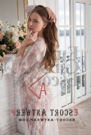 Nihele thai massage & escort girl